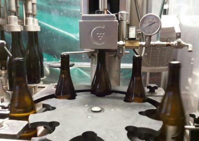 Oeno Conseil fait confiance à Costral pour la mise en bouteille